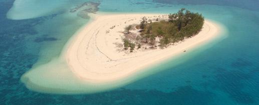 windsurf-sea-activities-mafia-island-tanzania